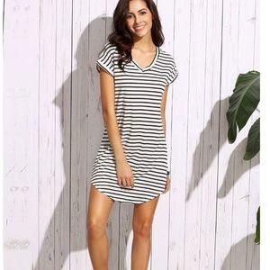 Dresses & Skirts - Striped T Shirt Dress